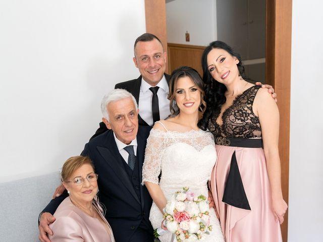 Il matrimonio di Raffaele e Veronica a Napoli, Napoli 8