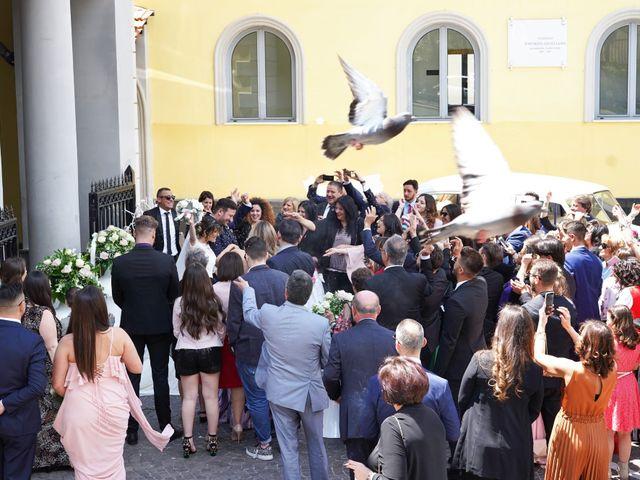 Il matrimonio di Raffaele e Veronica a Napoli, Napoli 32