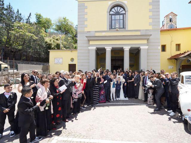 Il matrimonio di Raffaele e Veronica a Napoli, Napoli 33