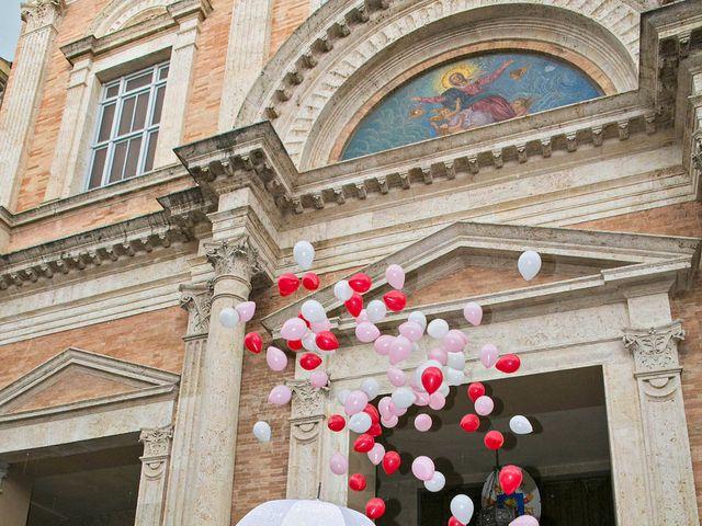 Il matrimonio di Mauro e Cristina a Offida, Ascoli Piceno 33