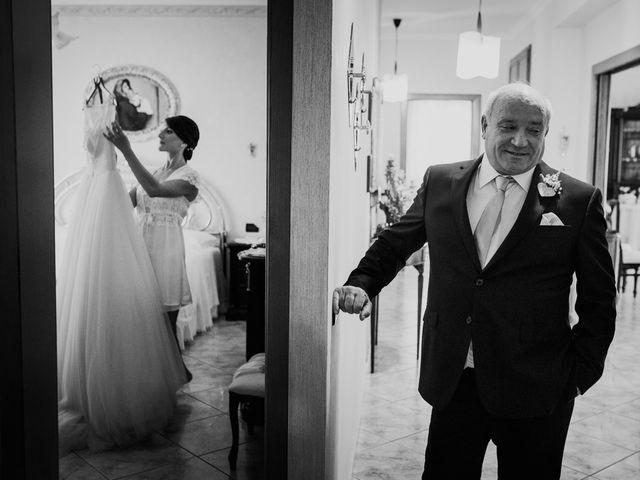 Il matrimonio di Dennis e Imma a Cirò Marina, Crotone 20
