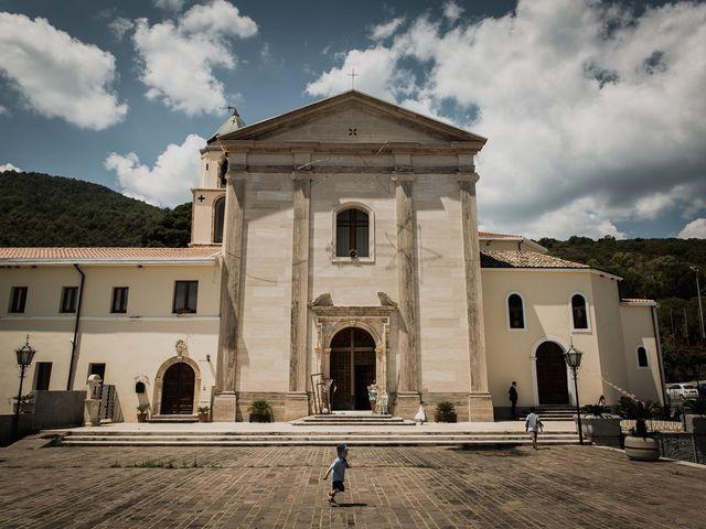 Il matrimonio di Dennis e Imma a Cirò Marina, Crotone 31