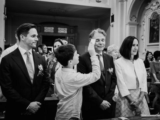Il matrimonio di Dennis e Imma a Cirò Marina, Crotone 42