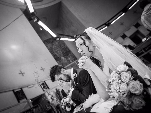 Il matrimonio di Massimiliano e Rosa a Pomezia, Roma 28
