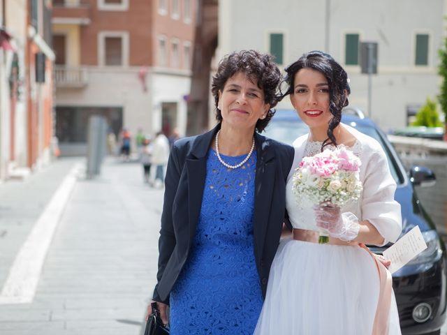 Il matrimonio di Yuri e Brigilda a Foligno, Perugia 15
