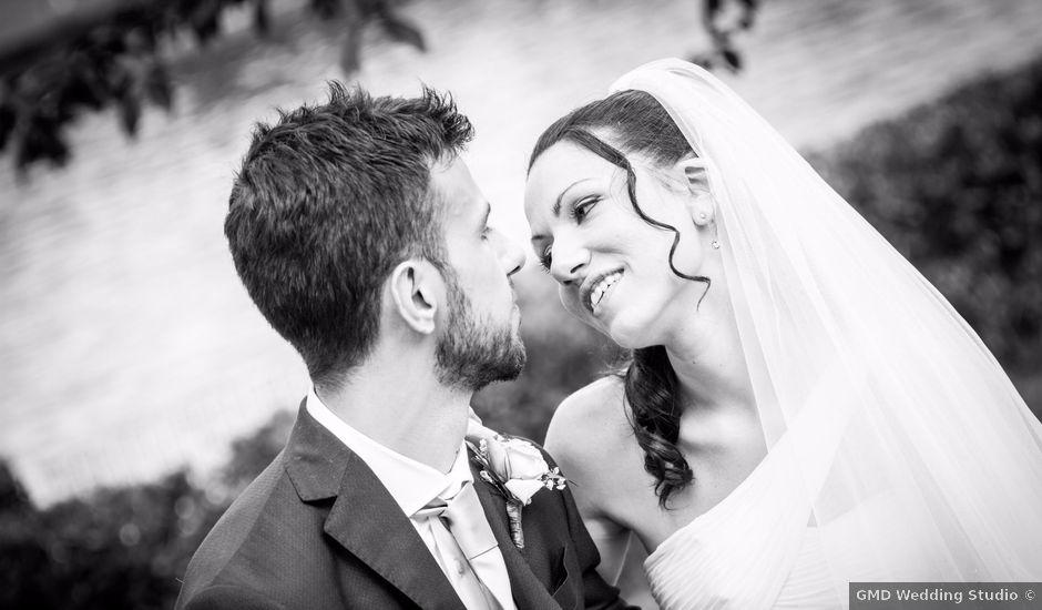 Il matrimonio di Massimiliano e Rosa a Pomezia, Roma