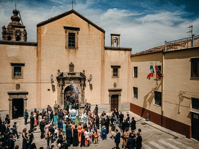 Il matrimonio di Mario e Santina a San Mauro Castelverde, Palermo 1