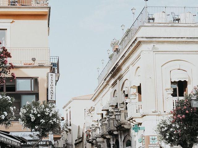 Il matrimonio di Rosario e Marika a Taormina, Messina 31