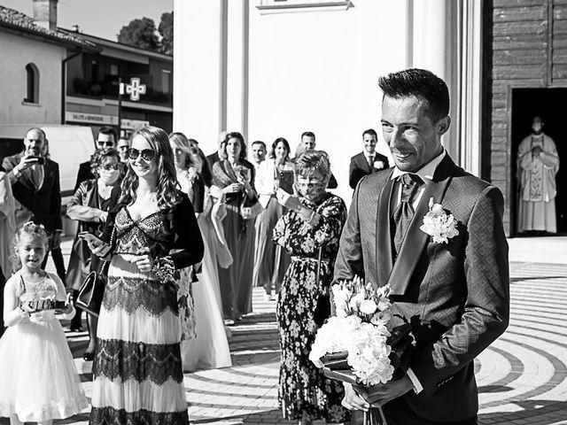 Il matrimonio di Marco e Elena a Bonate Sopra, Bergamo 24