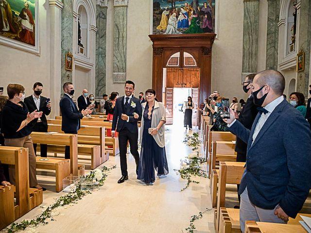 Il matrimonio di Marco e Elena a Bonate Sopra, Bergamo 26