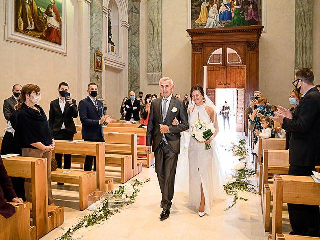 Il matrimonio di Marco e Elena a Bonate Sopra, Bergamo 28