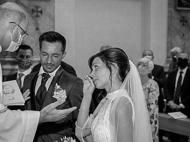 Il matrimonio di Marco e Elena a Bonate Sopra, Bergamo 31
