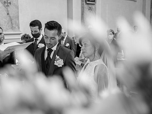Il matrimonio di Marco e Elena a Bonate Sopra, Bergamo 32