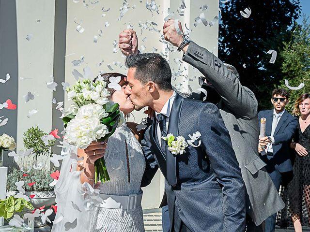 Il matrimonio di Marco e Elena a Bonate Sopra, Bergamo 37