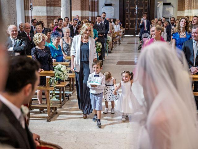 Il matrimonio di Luca e Monica a Magnago, Milano 10
