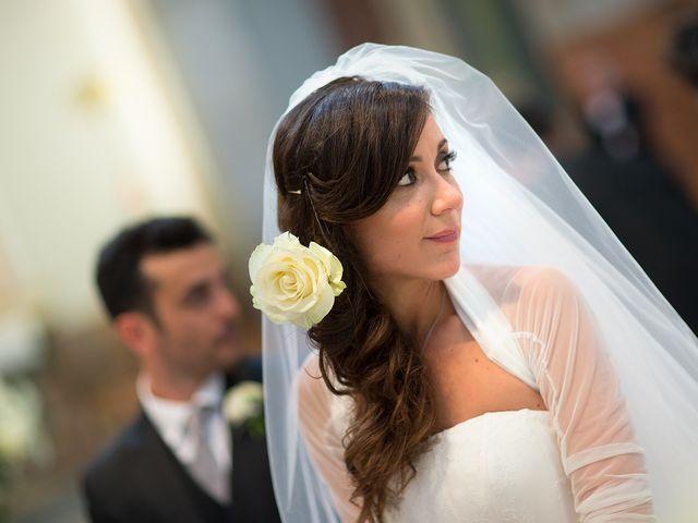 Il matrimonio di Luca e Monica a Magnago, Milano 14