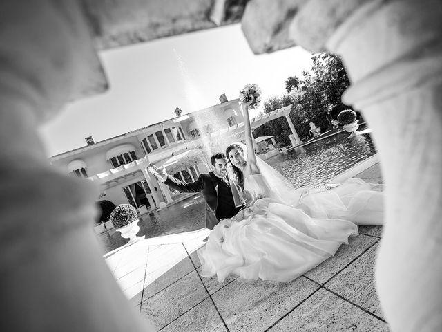 Il matrimonio di Luca e Monica a Magnago, Milano 17