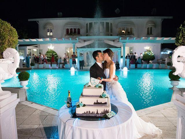 Il matrimonio di Luca e Monica a Magnago, Milano 32