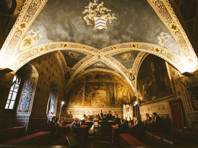 Il matrimonio di Michel e Kristine a Volterra, Pisa 22
