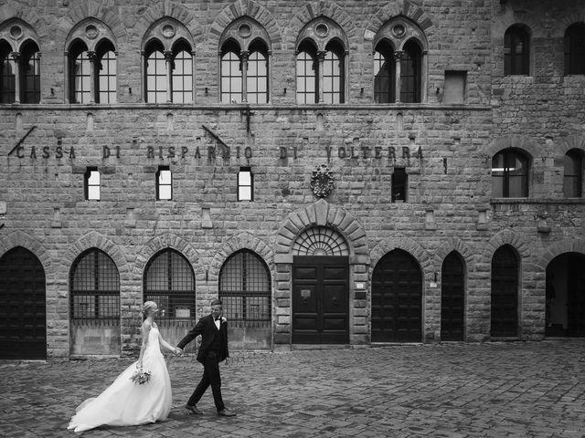 Il matrimonio di Michel e Kristine a Volterra, Pisa 2