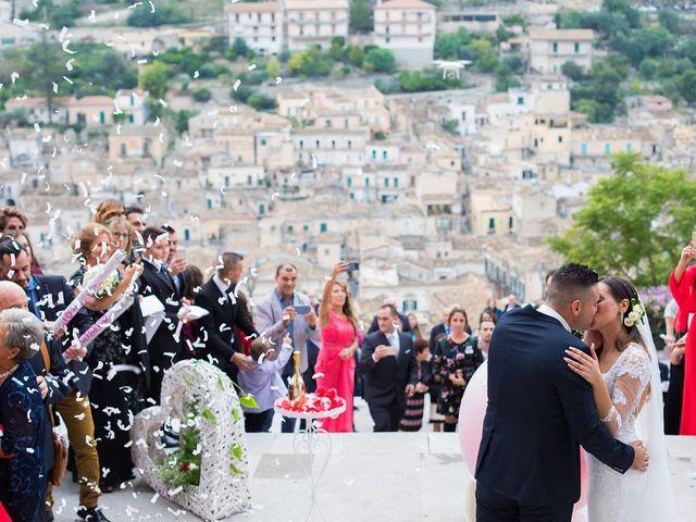 Il matrimonio di Vincenzo e Morena a Ragusa, Ragusa 18