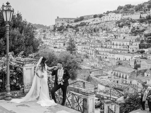 Il matrimonio di Vincenzo e Morena a Ragusa, Ragusa 19