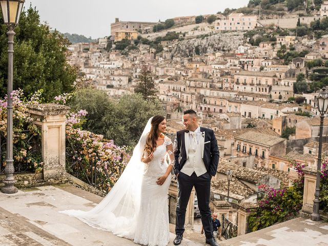 Il matrimonio di Vincenzo e Morena a Ragusa, Ragusa 20