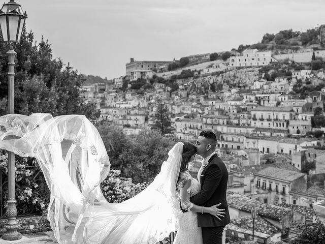 Il matrimonio di Vincenzo e Morena a Ragusa, Ragusa 21