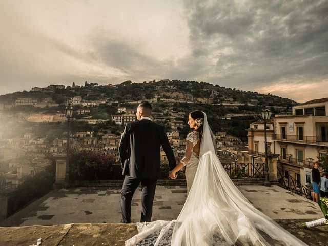 Il matrimonio di Vincenzo e Morena a Ragusa, Ragusa 23