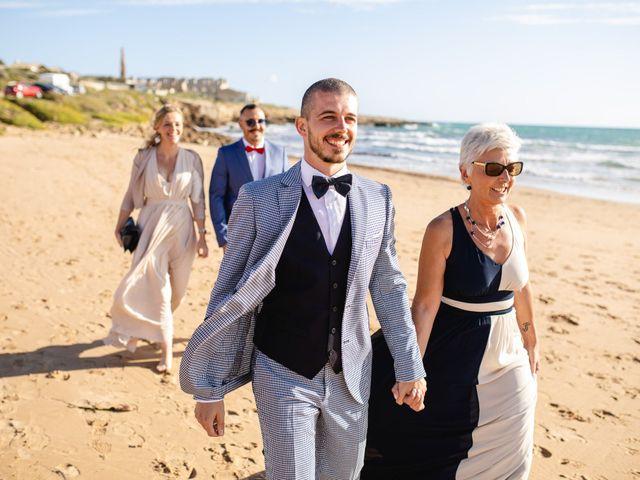 Il matrimonio di Jonathan e Valentina a Scicli, Ragusa 25