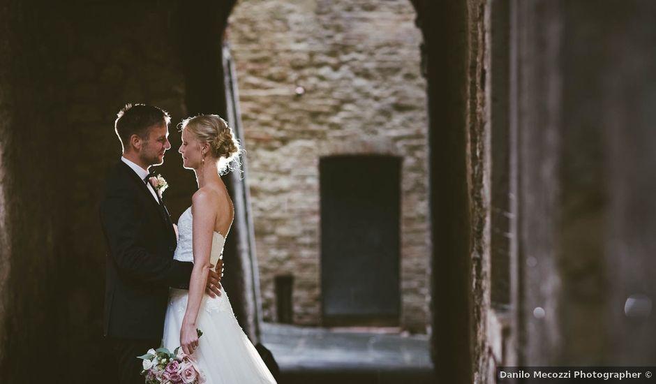 Il matrimonio di Michel e Kristine a Volterra, Pisa