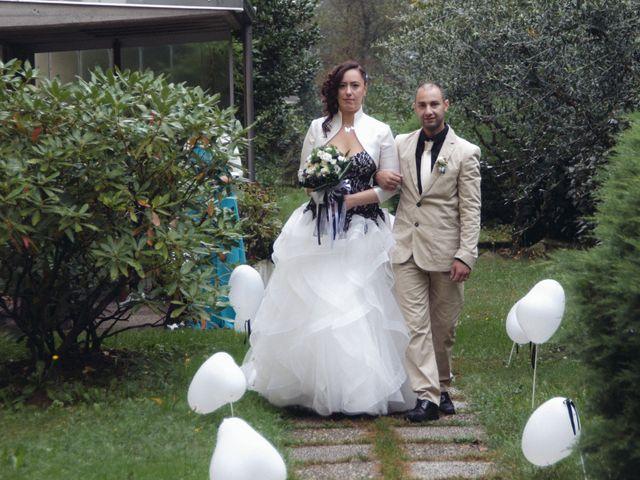 Il matrimonio di Stefano e Stefania a Fagnano Olona, Varese 37