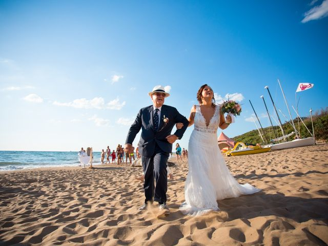 Il matrimonio di Lucia e Andrea a San Vincenzo, Livorno 13