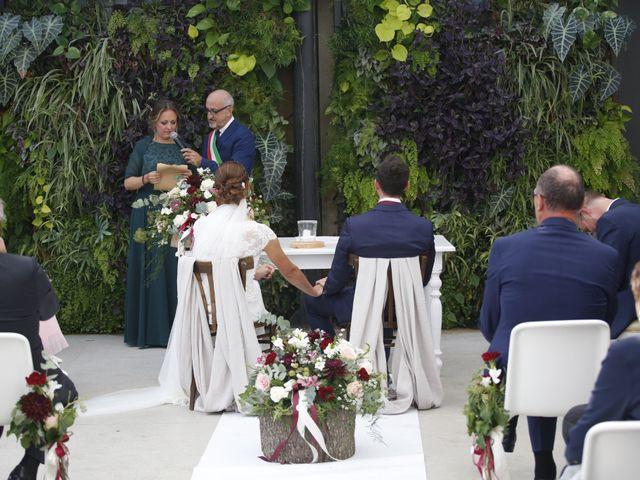 Il matrimonio di Daniele e Marta a Mariano Comense, Como 8