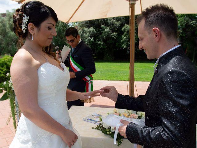 Il matrimonio di Debora e Nello a Aprilia, Latina 8