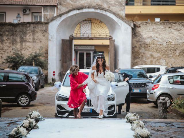 Il matrimonio di Maria Chiara e Raffaele a Vico Equense, Napoli 20