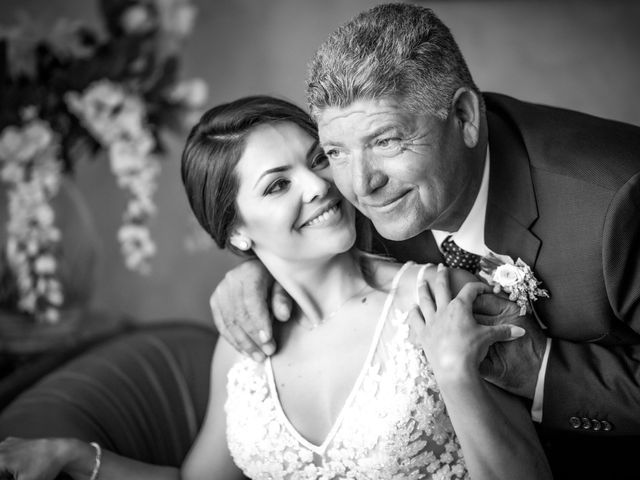 Il matrimonio di Michele e Annelisa a Cisternino, Brindisi 46