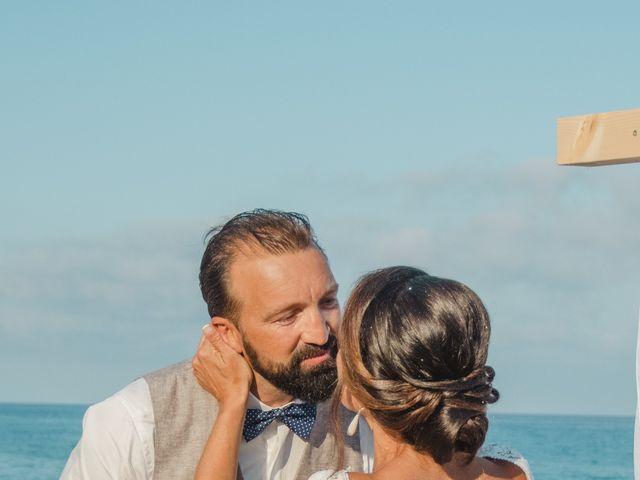 Il matrimonio di Laurent e Alexandra a Orosei, Nuoro 4