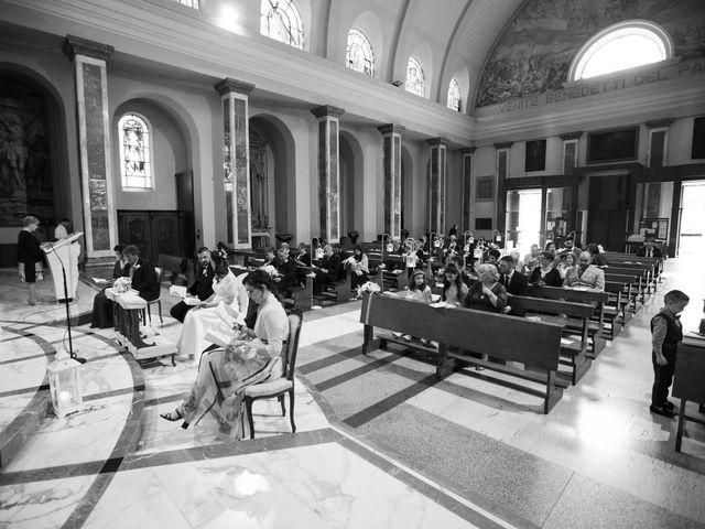 Il matrimonio di Emanuele e Monica a Cesano Maderno, Monza e Brianza 39