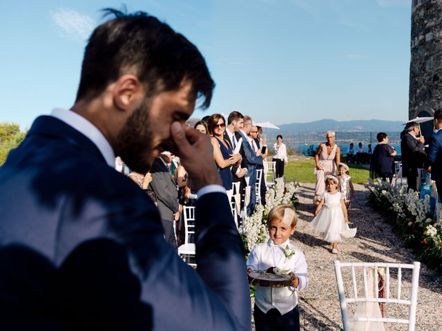 Il matrimonio di Nelly e Lorenzo a Milazzo, Messina 11