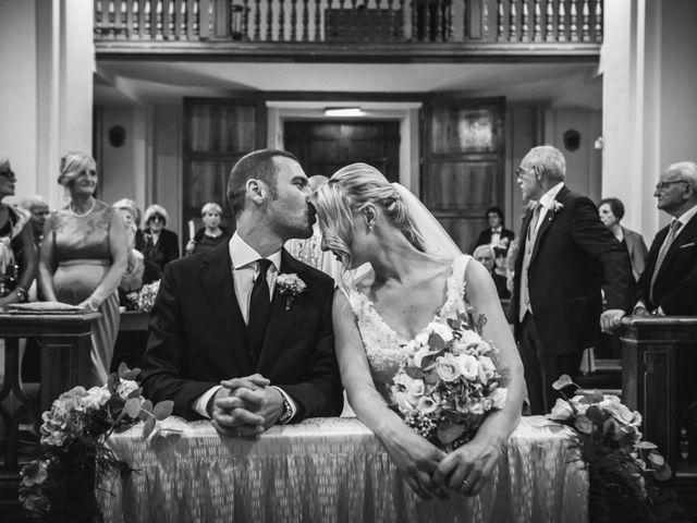Il matrimonio di Valerio e Isabella a Civitavecchia, Roma 15