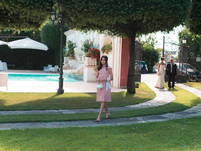 Il matrimonio di Vincenzo e Glare a Nola, Napoli 14