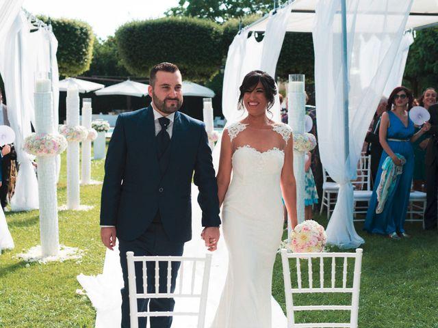 Il matrimonio di Vincenzo e Glare a Nola, Napoli 17