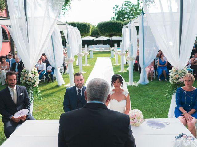 Il matrimonio di Vincenzo e Glare a Nola, Napoli 19