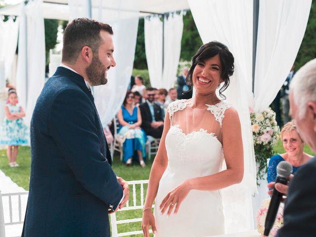 Il matrimonio di Vincenzo e Glare a Nola, Napoli 20
