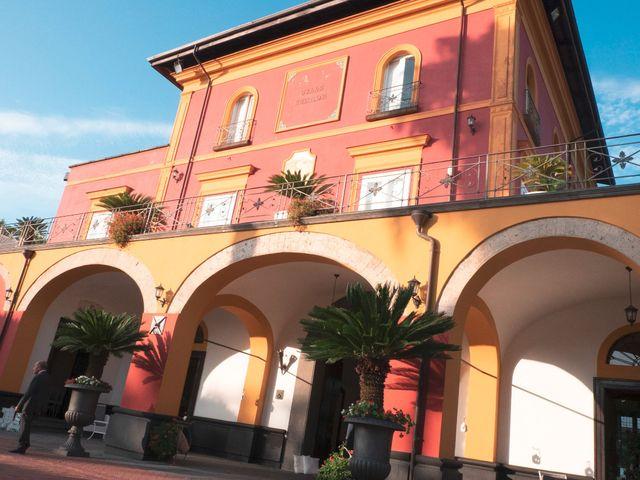 Il matrimonio di Vincenzo e Glare a Nola, Napoli 35
