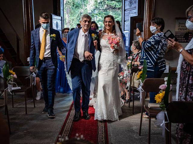 Il matrimonio di Giuseppe e Alessandra a Malgesso, Varese 19