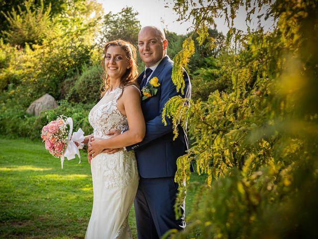 Il matrimonio di Giuseppe e Alessandra a Malgesso, Varese 34