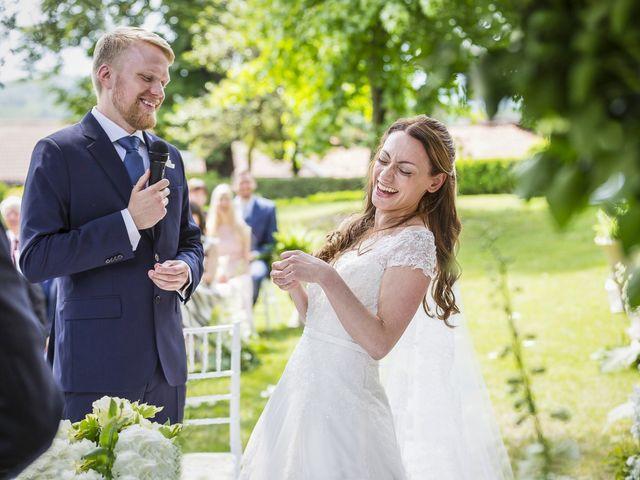Il matrimonio di Stefania e Henrik a Mercenasco, Torino 10