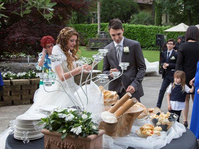 Il matrimonio di Fabio e Beatrice a Saronno, Varese 17
